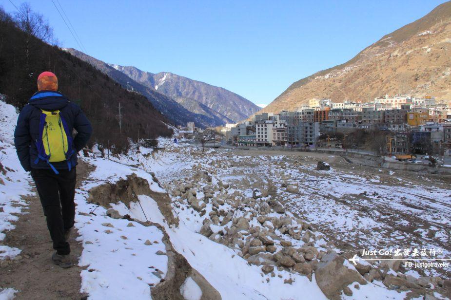 [中國] 日出登頂5025公尺·四川四姑娘山大峰雪地攀登2日遊記01_
