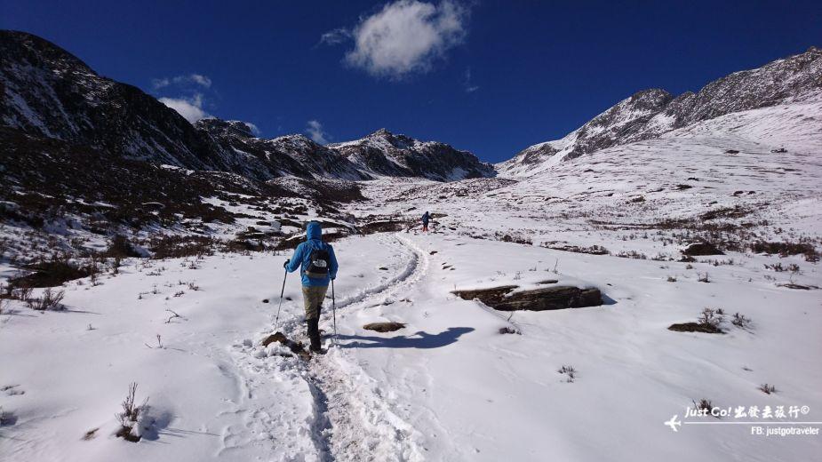 [中國] 日出登頂5025公尺·四川四姑娘山大峰雪地攀登2日遊記26_