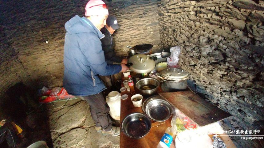 [中國] 日出登頂5025公尺·四川四姑娘山大峰雪地攀登2日遊記31_