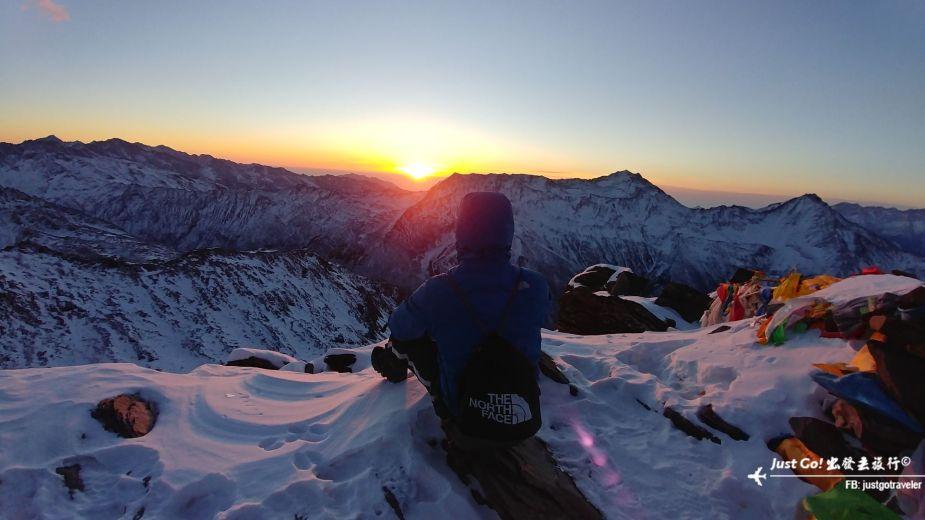 [中國] 日出登頂5025公尺·四川四姑娘山大峰雪地攀登2日遊記34_