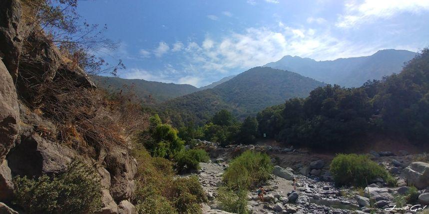 智利 - 聖地牙哥旅遊·自助探訪瀑布、俯瞰市景熱門登山健行路線05_