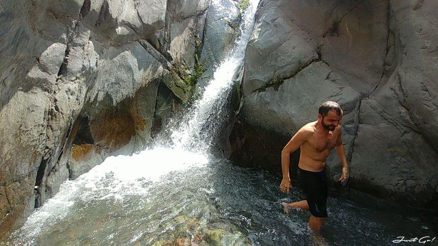 智利 - 聖地牙哥旅遊·自助探訪瀑布、俯瞰市景熱門登山健行路線09_
