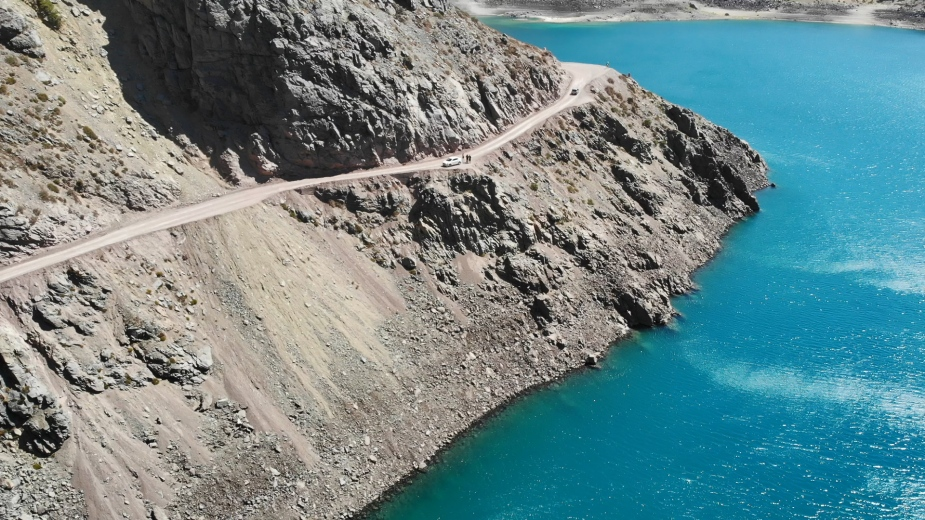 智利 - 首都聖地牙哥近郊·安地斯山脈秘境景點冰川水庫Embalse el Yeso11