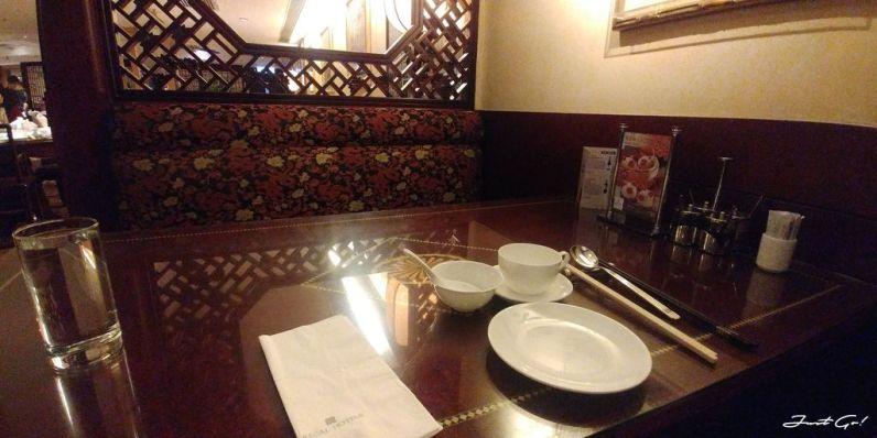 等待晚餐中