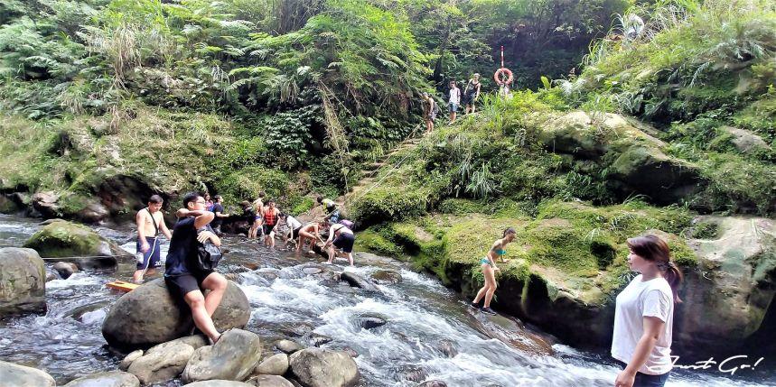 台灣 - 新北石碇必去景點·蚯蚓坑峽谷·夢幻美景-公車、溯溪、裝備13