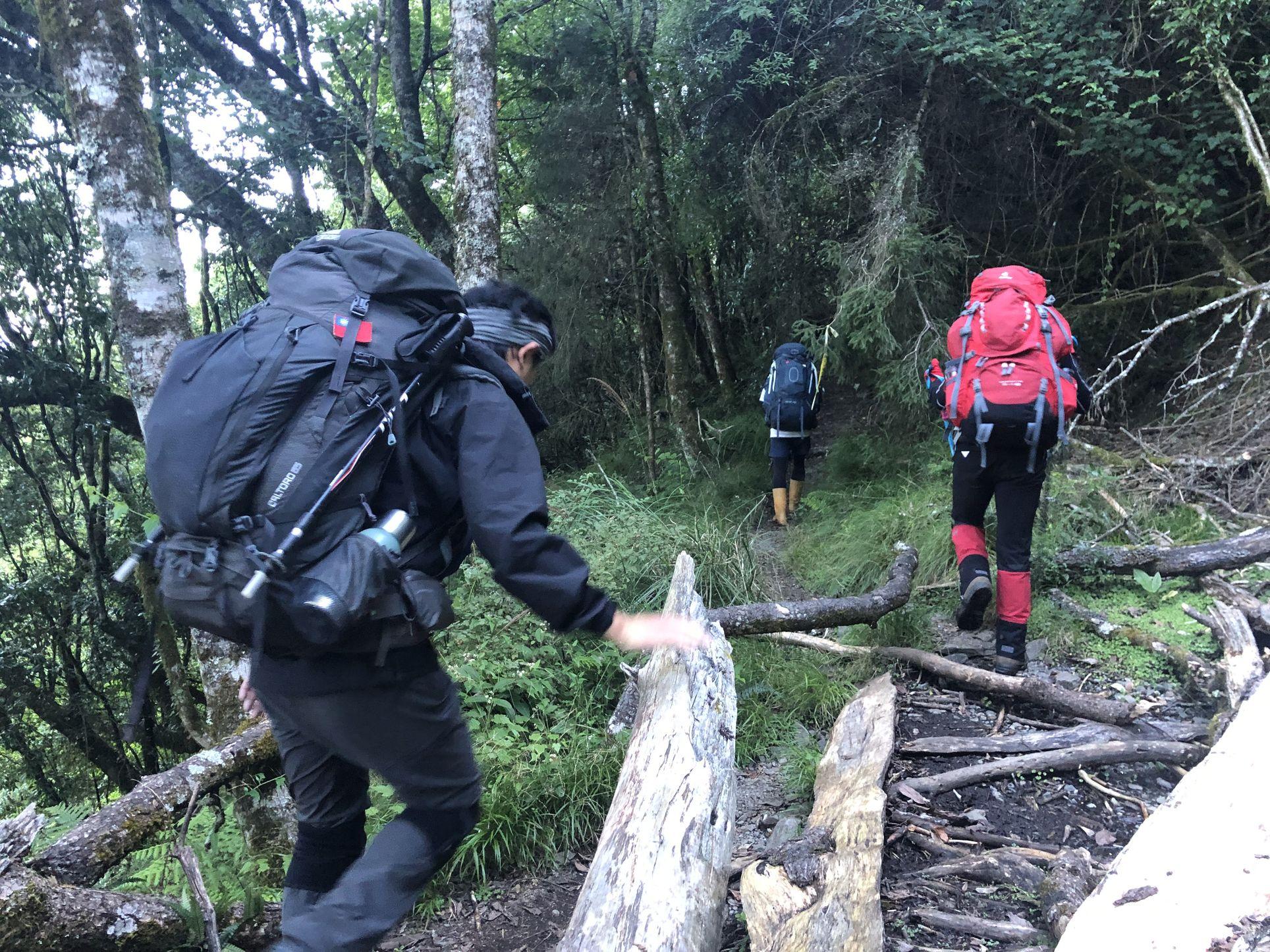 北二段C+級百岳-無明山、甘薯峰3天2夜-gpx路線、行程接駁、申請、水源2